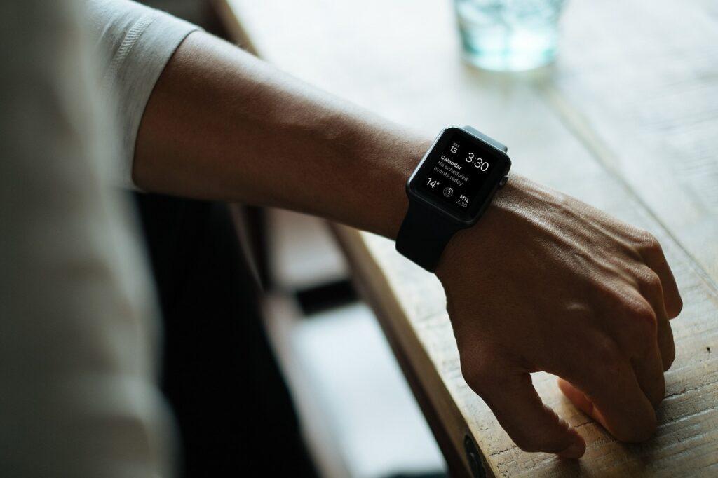 Veja as principais funcionalidades presentes nos modelos de smartwatch